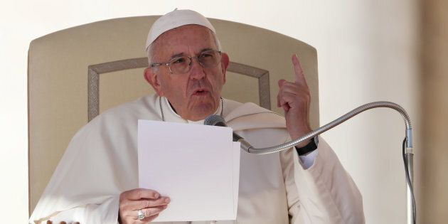 Papa Francesco e la castagna bollente della