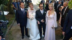 La foto di Silvio Berlusconi testimone di nozze al matrimonio di Marianna Pascale, sorella di