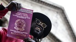 Lo ius soli non spalanca le porte agli immigrati, è tempo di spiegare bene agli italiani di che si