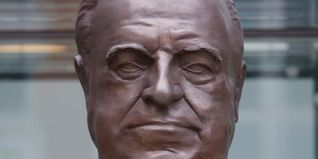 Bust of former leaders George Bush, Helmut Kohl and Michail Gorbatschov are seen in front of the Axel...
