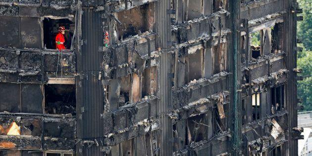 L'incendio di Londra è il simbolo del fallimento dell'housing sociale nelle