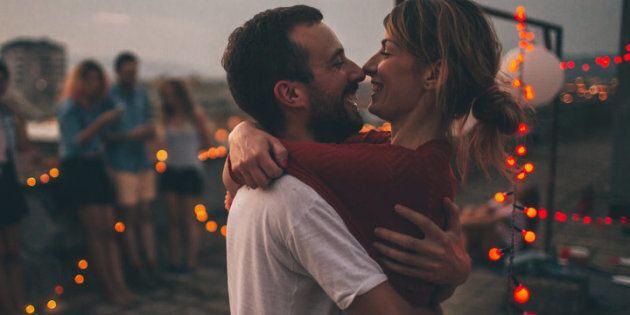 Queste 7 abitudini delle coppie resilienti fanno la