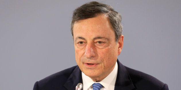 Bce avverte l'Italia: