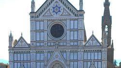 Cade un pezzo dalla navata della Basilica di Santa Croce a Firenze: muore turista