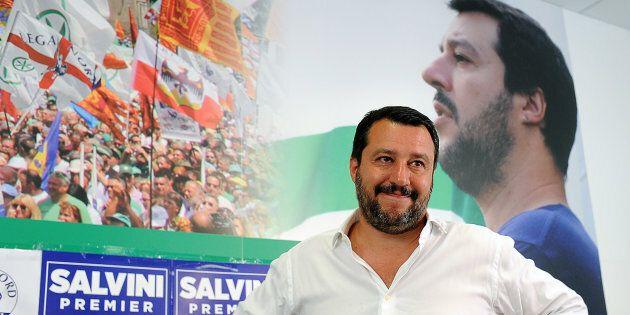 Matteo Salvini chiede le dimissioni di Paolo Gentiloni: