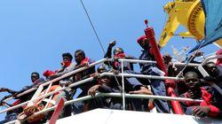 È emergenza migranti: 8.500 arrivi in due giorni. E Minniti rientra in Italia da