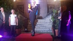 Raffella Carrà madrina del World Pride premiata a Madrid dalla comunità