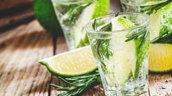 Bere gin tonic può lenire i sintomi di asma e febbre da