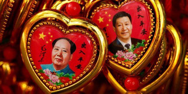 Xi Jinping diventa il leader cinese più potente dall'epoca di Mao. Il suo pensiero entra nella