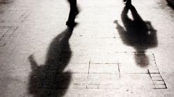Violentata dal branco a Napoli, vittima fugge