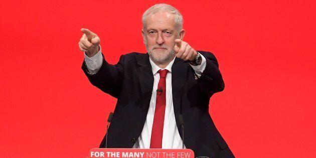 Se in Italia non c'è Corbyn, bisognerà pur