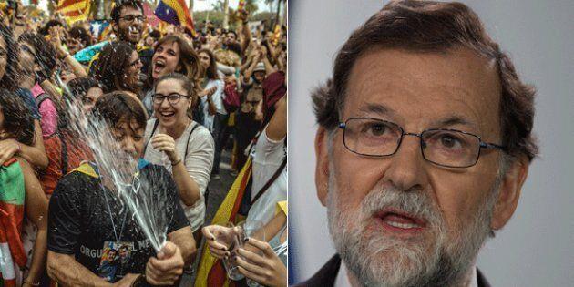 Il Parlamento della Catalogna vota sì all'indipendenza e festeggia in piazza. Rajoy: