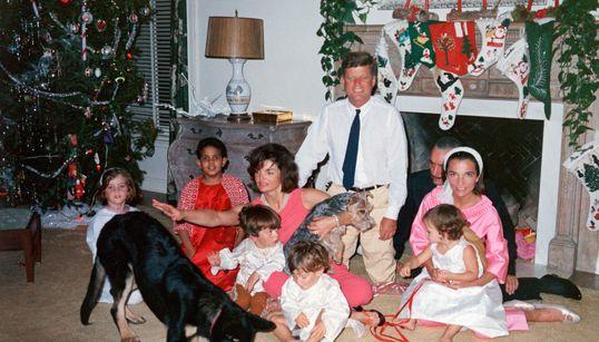 Questo fu l'ultimo Natale di John Fitzgerald Kennedy. Ora i file segreti potrebbero rivelare