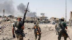 Trenta poliziotti uccisi in diversi attacchi a Mosul, l'Isis
