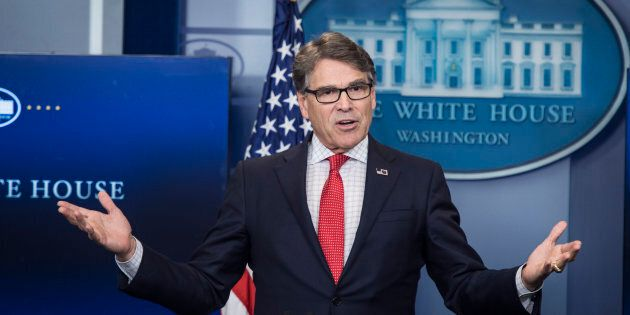 Il segretario Usa all'Energia Rick Perry vuole