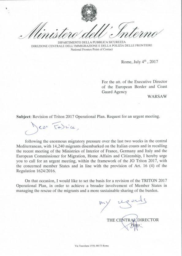 Migranti, esclusiva Huffpost: la lettera del Viminale all'Ue per rivedere l'operazione Triton e forzare...
