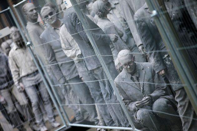Gli zombie invadono la Amburgo del G20: