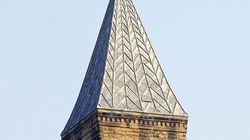 Un zucca sulla torre della Cornell University: il mistero di Halloween che dura da 20