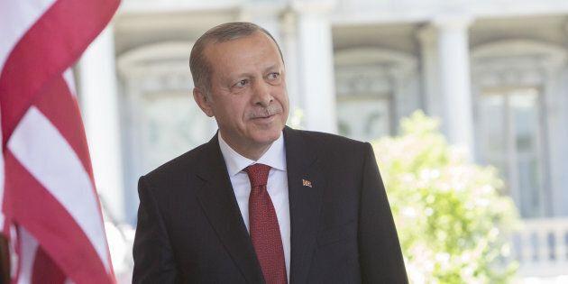 Il Parlamento Europeo minaccia di sospendere le trattative d'ingresso della Turchia dopo l'arresto degli