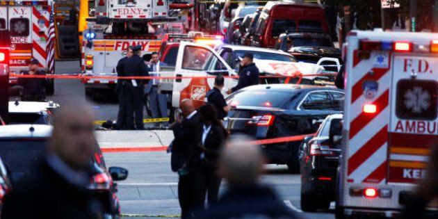 Un furgone piomba su una pista ciclabile a New York: 8 morti e 12 feriti a Manhattan. Il sindaco De Blasio:...