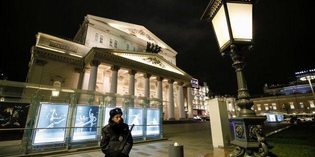 Evacuato a Mosca il teatro Bolshoi per falso allarme