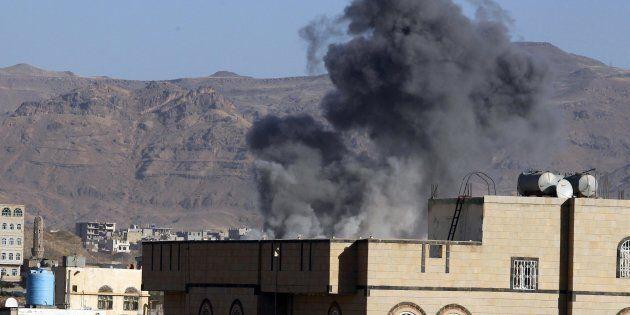 Arabia Saudita: cade elicottero vicino allo Yemen, morto principe Mansour bin