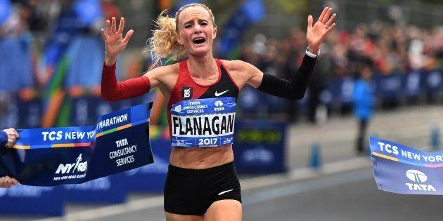 Shalane Flanagan è la prima donna americana a vincere la maratona di New York dopo 40