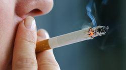 Fumi o sei affetto da obesità? Niente chirurgia, la proposta di un comitato di sanità