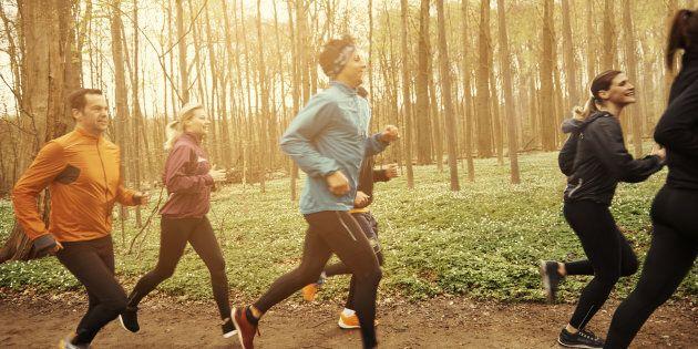 Perché allenarti in gruppo può salvarti da ansia e
