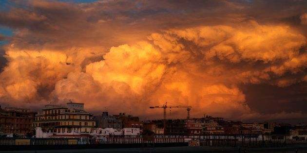 L'alba dorata di Ostia. Ballottaggio fra M5S e centrodestra, decisivo