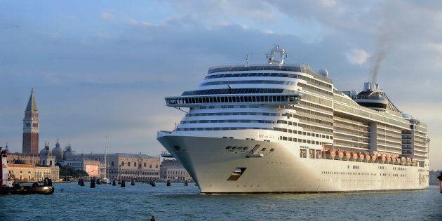 Stop alle grandi navi a Venezia, andranno a Marghera. Ma per gli ambientalisti non