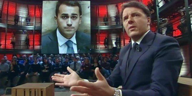 Renzi, più lo tiri giù, più si tira