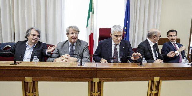 Renato Brunetta (s), Mauro Maria Marino, e il presidente della commissione parlamentare di inchiesta...
