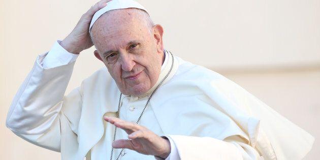 Papa Francesco in pressing sui governi per la ratifica del bando sulle armi