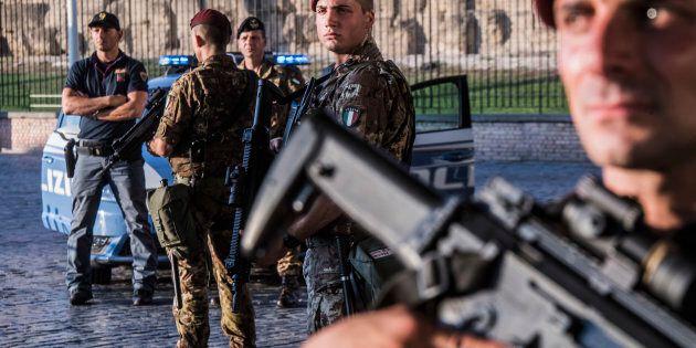 L'Italia offre più militari all'estero per avere in cambio l'Agenzia del Farmaco a