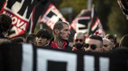 Cartello di Forza Nuova contro i partigiani di Savona: