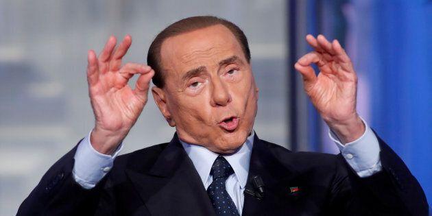 Silvio Berlusconi fa muro su Mario Draghi: