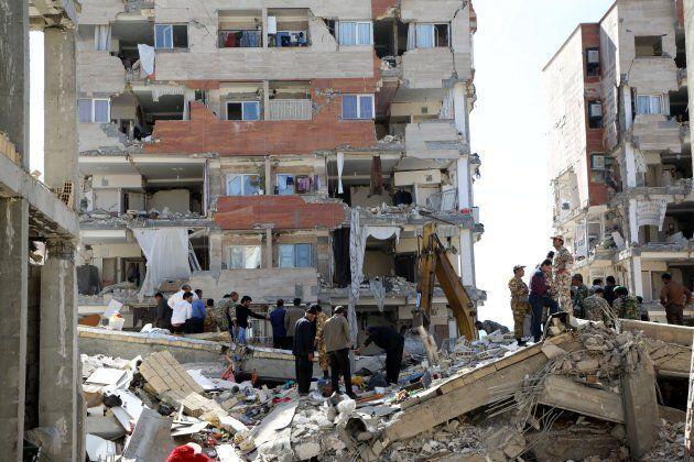 La terra trema al confine tra Iraq e Iran: almeno 400 morti, oltre 7.000