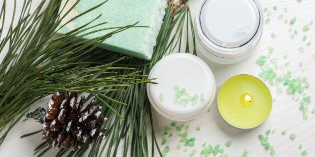 Natale: 10 oggetti per la cura del corpo da regalare in offerta su