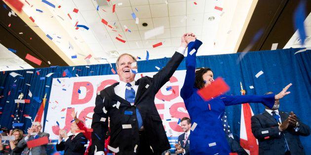 La prima vittoria di #MeToo. In Alabama sconfitto il repubblicano Moore, sostenuto da