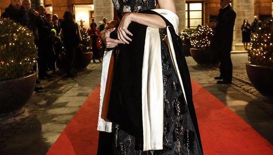 Abito d'alta moda per Virginia Raggi alla prima al Teatro dell'Opera di