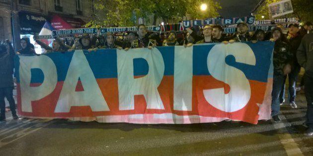 Anche i tifosi del Paris St.Germain onorano le vittime del