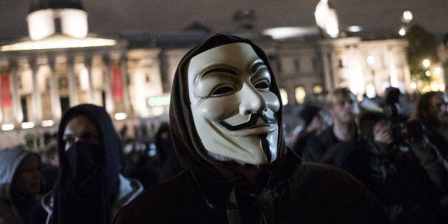 Anonymous 'ruba' i dati di Palazzo Chigi e di alcuni ministeri italiani. On line mail e numeri di telefono...