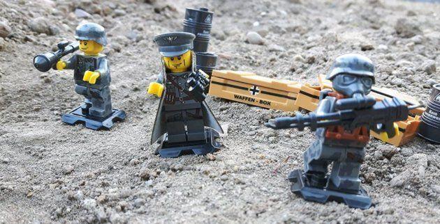 Ein Amazon, ein Lego, ein Führer
