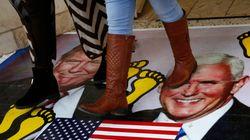 Un muro di no sul vice di Trump, slitta la visita. E Israele ha un'altra priorità: la visita di Mbs (di U. De