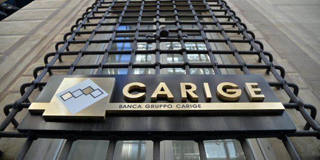 Banche in caduta libera in Borsa. Allarme rosso per Carige: salta il consorzio di garanzia per l'aumento...