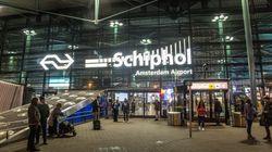 Uomo con coltello all'aeroporto di Amsterdam, la polizia spara e lo