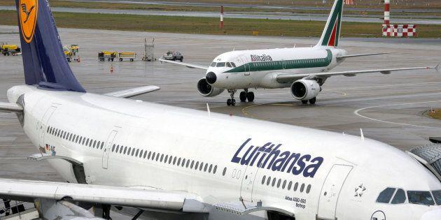 Al via i negoziati per Alitalia, si parte da Lufthansa: incontro di sette ore e bocche