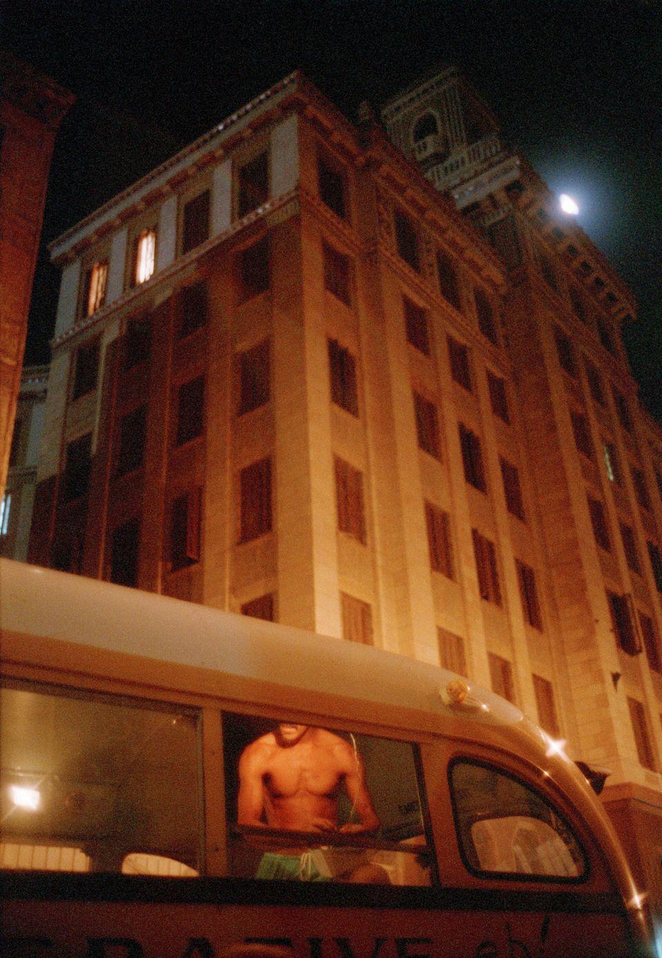 Havana, Cuba 2001/2002 < >  tratta dalla serie: Paradiso - Mostra ID di Lorenzo Castore