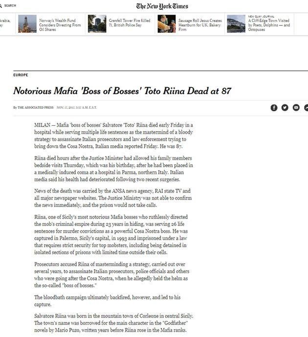 La homepage del New York Times con la notizia della morte di Tot� Riina, 17 novembre 2017. ANSA/ WEB...